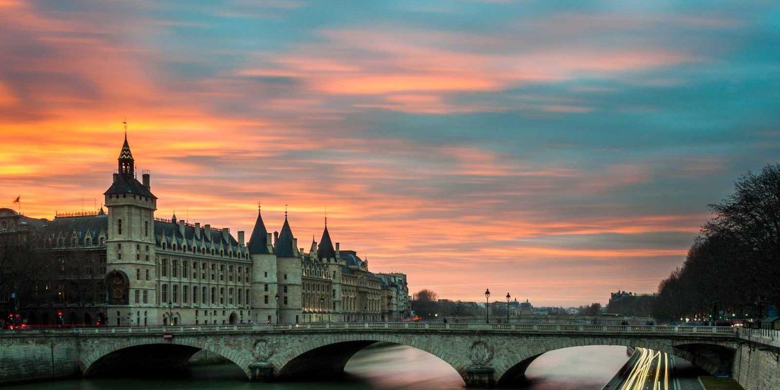 BRIDGE & CASTLE IN PARIS