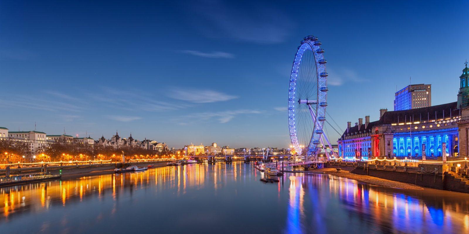 London Eye Ferris Wheel, England