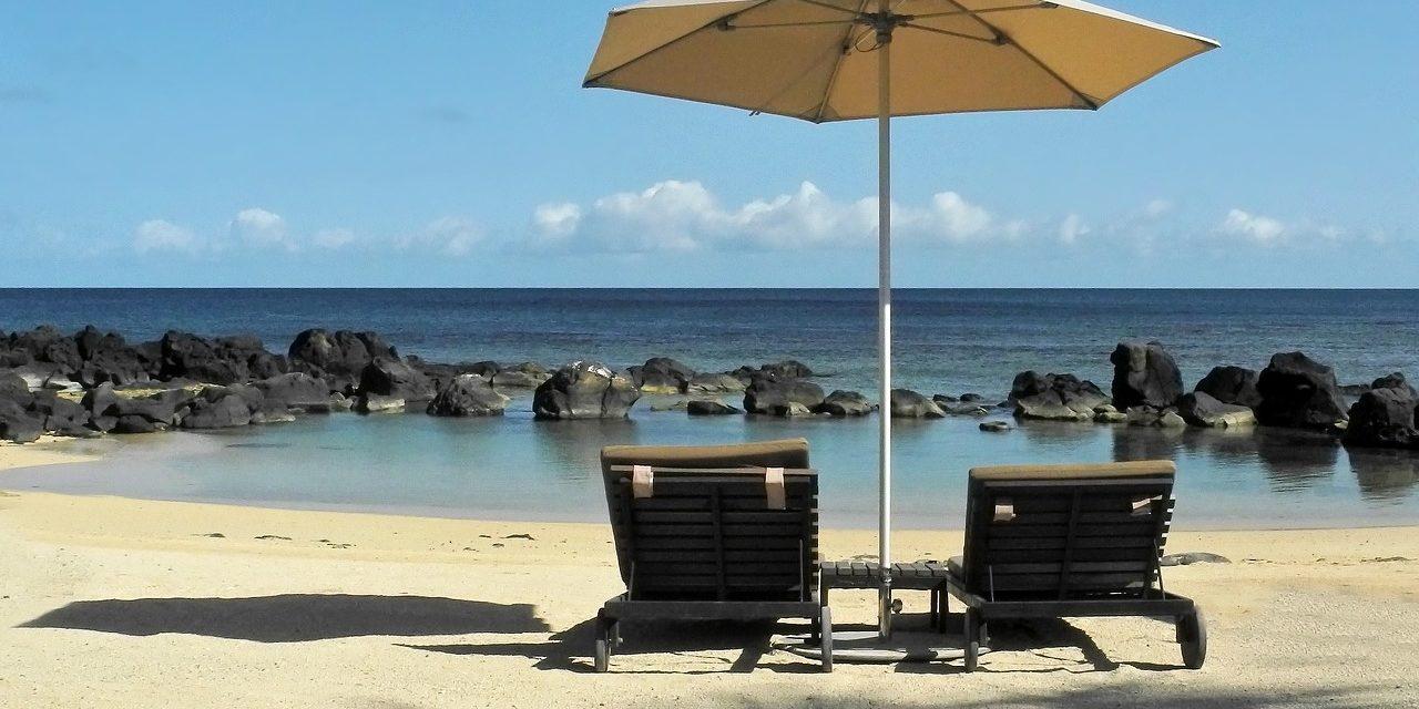 Leisure on the beach, Mauritius