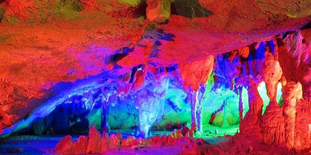 Reed Flute Cave Rock_ BEIJING-XIAN-GUILIN-SHANGHAI