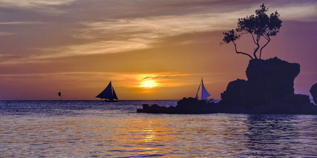 SUNSET BORACAY BEACH, PHILIPPINES